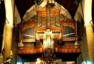 Performing in the Schiedam Church / SUUS de Band